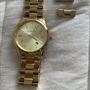 MICHAEL KORS WOMENS GOLD WATCH WITH EXTRA LINKS